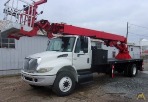 2007 International 4400 Skyhoist RX87 Sign Crane