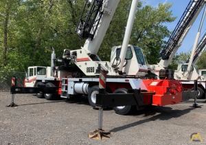 2007 Link-Belt HTC-8690 90-Ton Telescopic Truck Crane w/ Detroit Engine