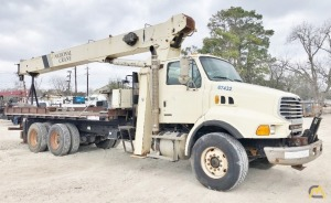 2007 National 900A 26-Ton Boom Truck Crane Mounted on Sterling LT8513