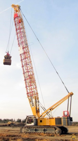 Liebherr HS 895 HD 200-Ton Lattice Boom Crawler Crane