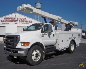 2010 Ford F750 Bucket Truck with 46' Work Height