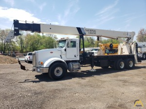 2010 National 9125A 26-Ton Boom Truck CraneMounted on a Peterbilt 367