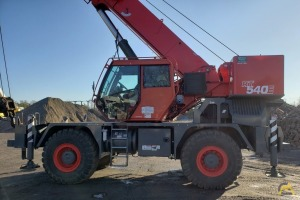 2015 Grove RT540E 40-Ton Rough Terrain Crane