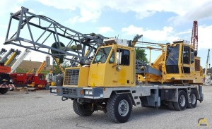 Little Giant 6425 25-Ton Lattice Boom Truck Crane