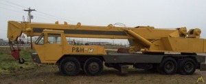 P&H T-250 25-ton Telescopic Truck Crane