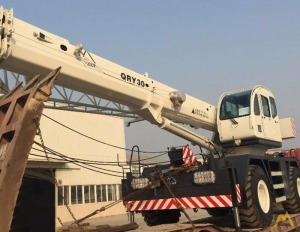 Zoomlion QRY30 30-ton Rough Terrain Crane