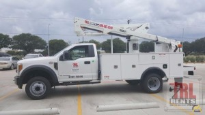 45' Versalift SST-40-EIH-01 Bucket Truck on Ford F-550