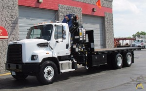 4t PM 16523S Knuckleboom Crane on 2015 Freightliner 108SD