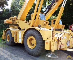 Grove RT750 50-Ton Rough Terrain Crane