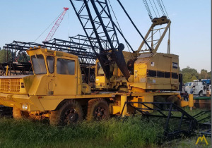 American 5460 55-Ton Lattice Boom Truck Crane