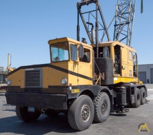 American 5520 65-ton Lattice Boom Truck Crane