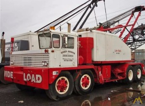 82t Link-Belt HC-218 Lattice Boom Truck Crane