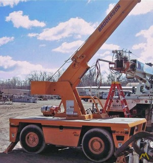 Broderson IC-80-3F 9-ton Carry Deck Crane