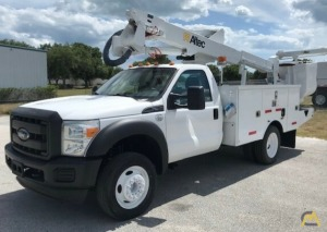 Altec AT37G 42' Articulating Bucket Truck on 2016 Ford F550