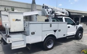 Altec AT37G 42' Articulating Telescopic Boom Aerial Bucket Truck on Ford F550