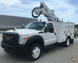 Altec AT37G 42' Articulating Telescopic Boom Bucket Truck on 2014 Ford F550