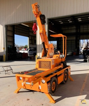 Broderson IC-20-1K 2.5-Ton Industrial Carry Deck Crane Available Immediately