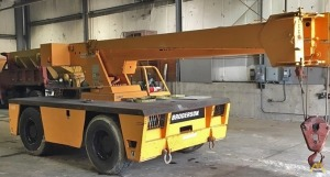 Broderson IC-200-2C 15-Ton Carry Deck Crane