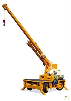 Broderson IC-40-D 4.5-ton Industrial Carry Deck Crane