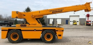 Broderson IC-80-3G 15-Ton Carry Deck Crane