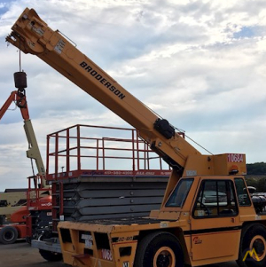 Broderson IC-80-3J 9-Ton Carry Deck Industrial Crane