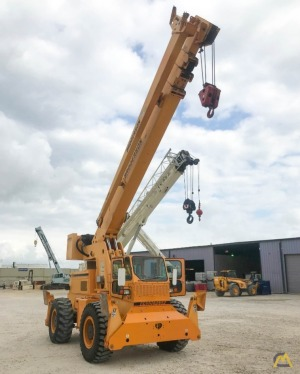 Broderson RT-300-2G 15-Ton Down Cab Rough Terrain Crane
