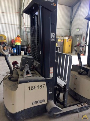 Crown SHR 5540-35 Walk Behind Forklift