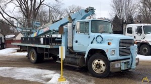 Elliott ECE-3-65H Telescopic Boom Bucket Truck