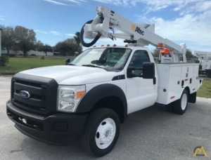 Altec AT37G 42' Articulating Bucket Truck on 2011 Ford F550