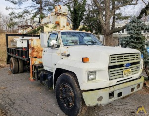 National 228 5.35-Ton Boom Truck Crane Mounted on Ford F700