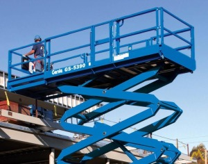 Genie GS-5390 RT 0.75-Ton Scissor Lift