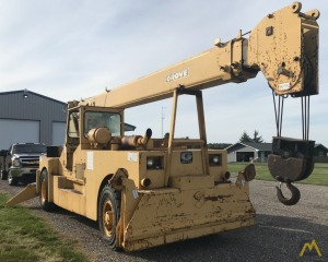 Grove IND1012D 17.5-ton Industrial Pick and Carry Crane