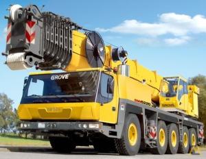 Grove GMK5275 275-Ton All Terrain Crane