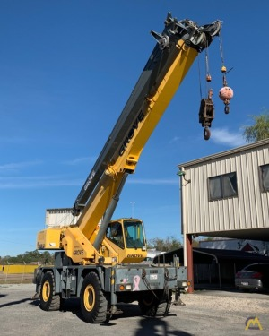 Grove RT530E-2 30-Ton Rough Terrain Crane