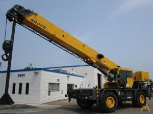 Grove RT540E 40-Ton Rough Terrain Crane