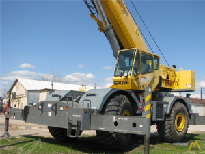Grove RT700E 60-Ton Rough Terrain Crane