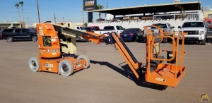 JLG E300AJP Articulating Boom Lift