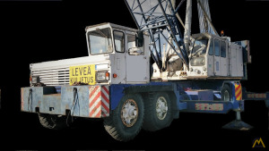 Link Belt HC-238 125-Ton Lattice Boom Truck Crane