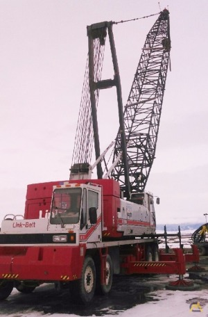 Link-Belt HC-248H 200-Ton Lattice Boom Truck Crane