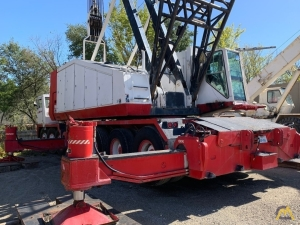 Link-Belt HC-258 200-ton Lattice Boom Truck Crane