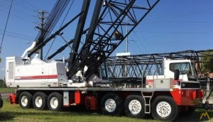 Link-Belt HC-278H II 300-ton Lattice Boom Conventional Truck Crane