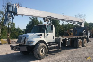Manitex 124WL 25-ton Boom Truck Crane on International 7500