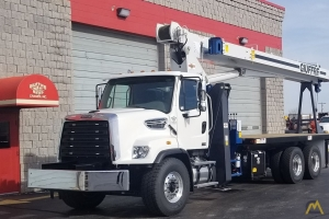Manitex 2892C 28-Ton Boom Truck on Freighliner 108SD