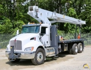 Manitex 30102C 30-Ton Boom Truck Crane on a 2019 Kenworth T370