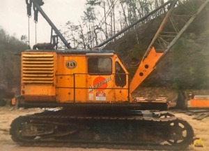 Manitowoc 2900WC 65-Ton Lattice Boom Crawler Crane