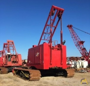 Manitowoc 3900WV 140-Ton Lattice Boom Crawler Crane