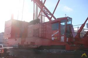 Manitowoc Series 3 Ringer 300-Ton Lattice Boom Crawler Crane