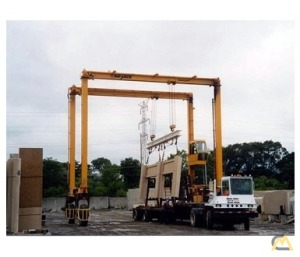 Mi-Jack MJ30 30-Ton Rubber Tired Gantry Crane