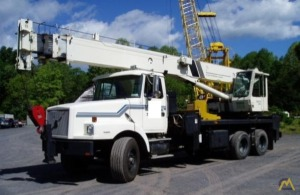 National 1295 23-Ton Boom Truck