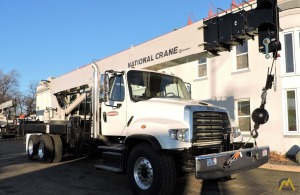 National 14127A 33-ton Boom Truck Crane on Freightliner 114SD